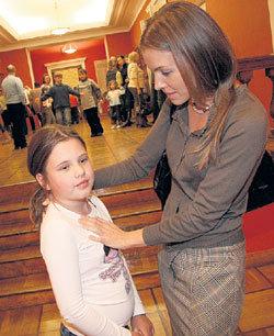 Женечка с мамой в московском театре