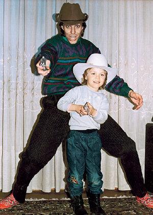 Начало 90-х: Андрей БУКИН ушёл из семьи, но сына-тёзку не бросил