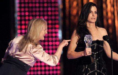 На сцене актрисы подшучивали друг над другом. Фото АР
