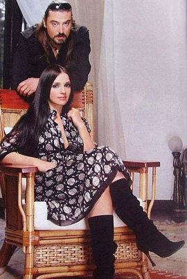 Благодаря стараниям тещи, зять Юлии Владимировны  рокер Шон КАРР с супругой Женей быстро разбогатели