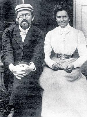 Ольга КНИППЕР-ЧЕХОВА пережила Антона Павловича на 55 лет. Их шестилетний брак был эпистолярным - супруги написали друг другу по 400 писем