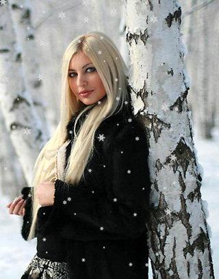 Певица Алёша - несмотря на мужское имя,  очень даже девочка