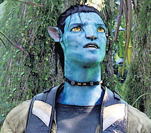 На роль аборигена планеты Пандора выбрали австралийского «аборигена» УОРТИНГТОНА (кадр из «Аватара»)