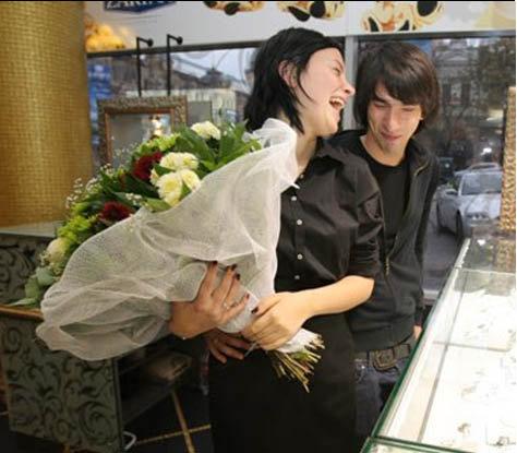 Анастасия Приходько и ее гражданский супруг бизнесмен Нуки Кухилаве. Фото: Blick.ua