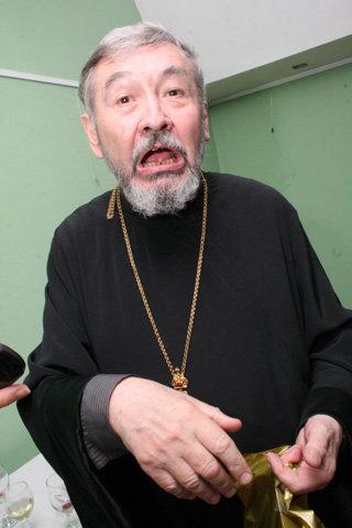 Отец Олег