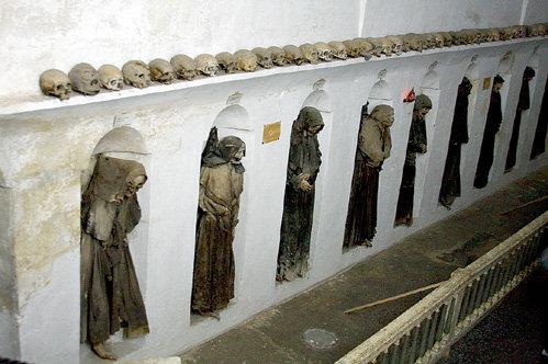 Таинственное подземелье было закрыто от глаз прихожан много веков
