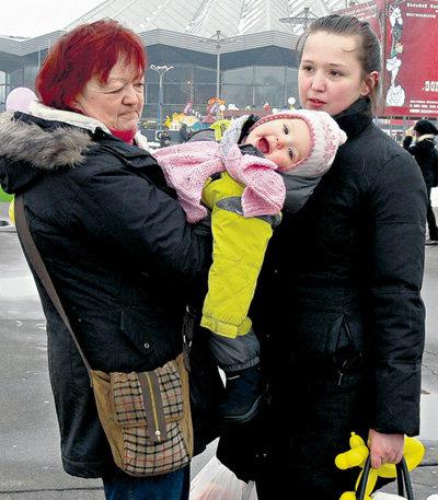 Людмила Марковна отказалась от дочери, внучки и правнучки