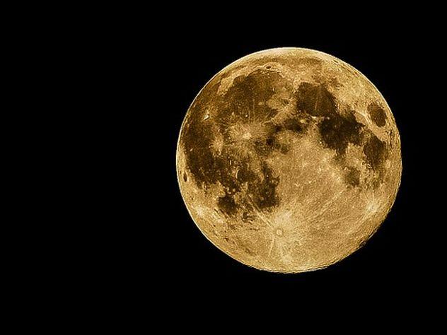 Уральский ученый нашел инопланетную цивилизацию наповерхности Луны— Что скрывает NASA
