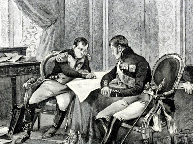 Наполеон и Александр I рассматривают карту Европы в Тильзите. Иллюстрация к книге У. М. Слоана «Жизнь Наполеона Бонапарта», 1896 г.