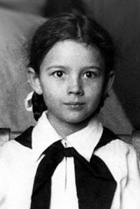 Пионерка Варлей обожала цирк с детства. Фото: kino-teatr.com
