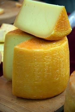 Оказывается, сыр полезнее молока. Фото: pixabay.com