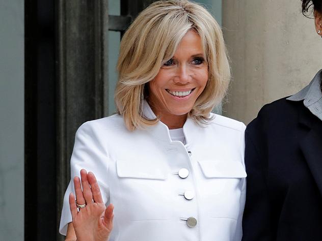 Десятки тыс. французов подписали петицию против супруги Макрона