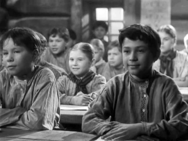 Кадр из фильма «Сельская учительница», реж. М. Донской