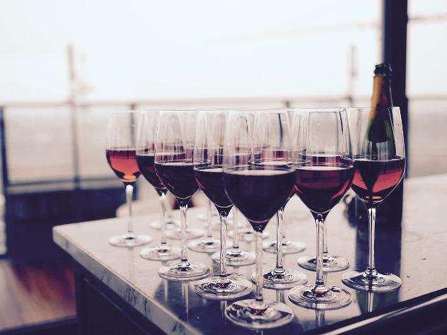 Виноделы создали новый сорт вина помотивам известной  опечатки Трампа