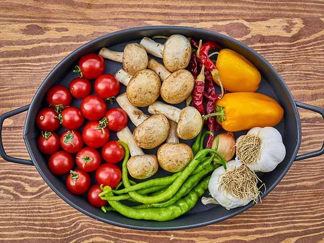 Бесполезность диет объяснили генетики