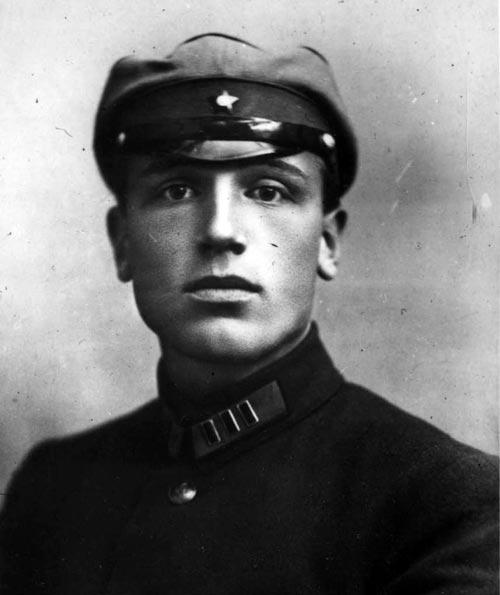 Александр Голованов в молодости был настоящим красавцем, 1925 г. Источник: wikipedia.org