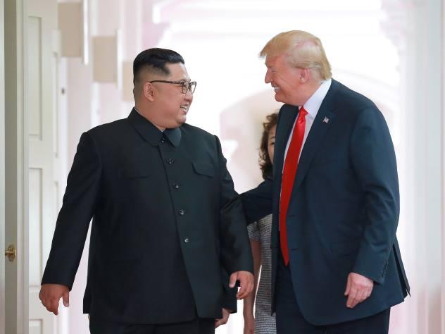 Ким Чен Ын надел обувь на платформе для встречи с Трампом