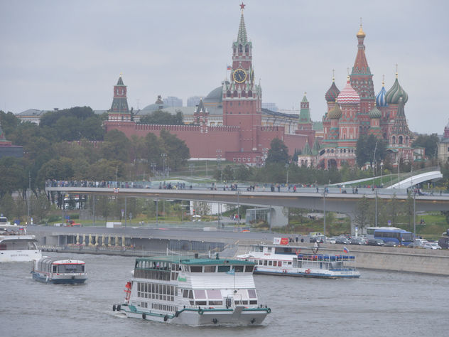 Москва Кремль транспорт Москва-река суда