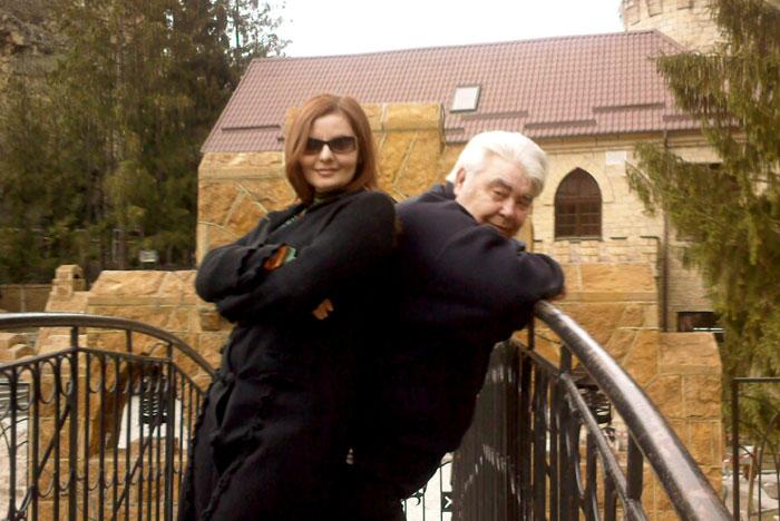 Анатолий Семенович с Юлией Куренковой на «мосту вздохов» в Кисловодске