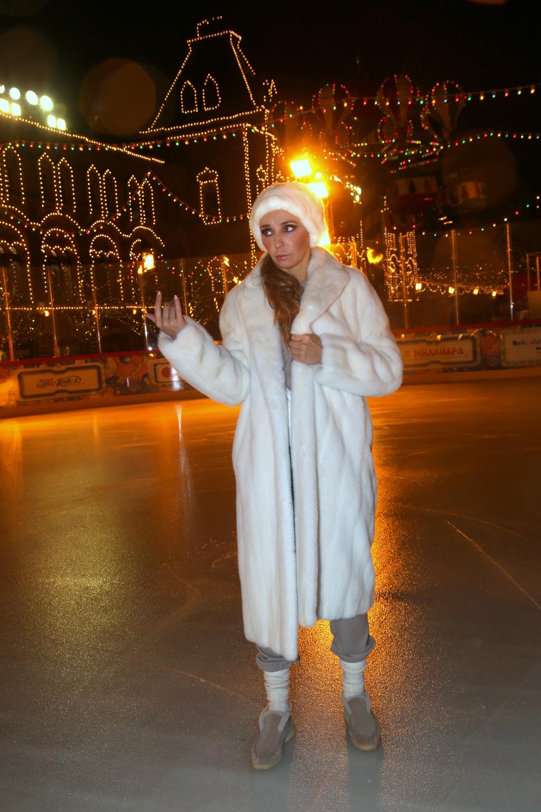 Ледовые шоу-2018-2019 - Страница 12 Kat-kudriavov-141044414