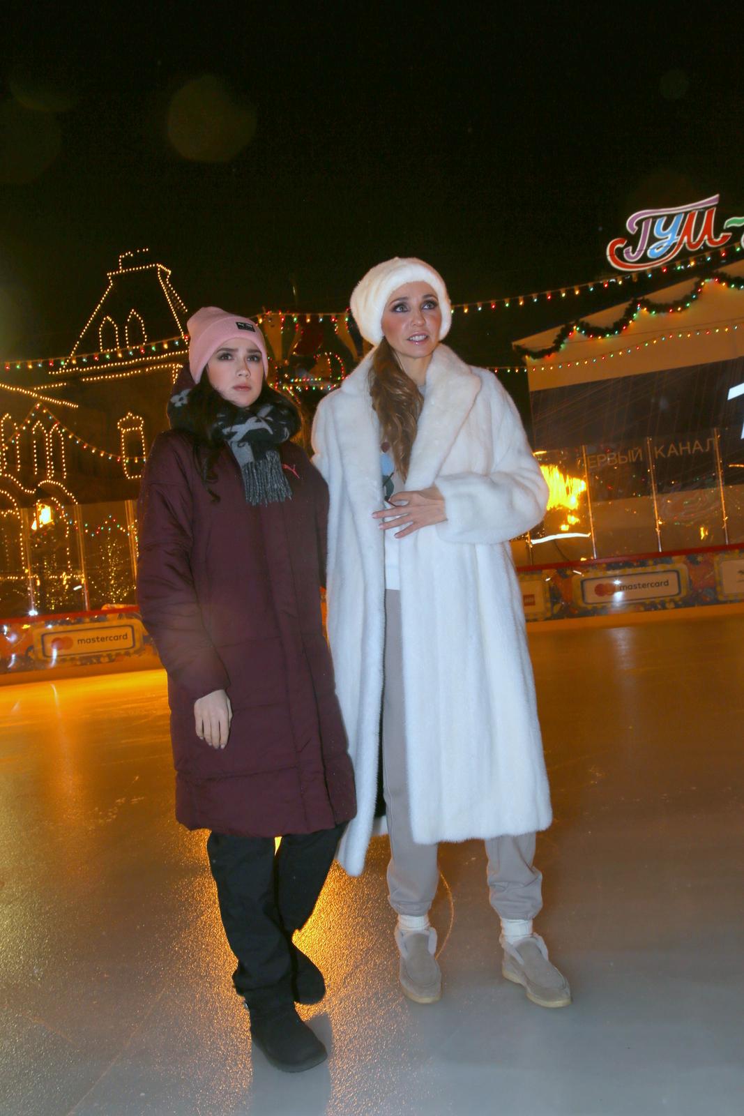 Ледовые шоу-2018-2019 - Страница 12 Kat-kudriavov-151044422