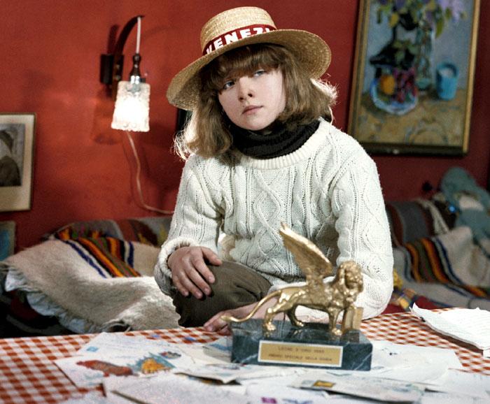 В 10 лет Ника приняла участие в международном фестивале «Поэты и Земля» (в рамках Венецианского биеннале). Там ей присудили главный приз - «Золотого льва»