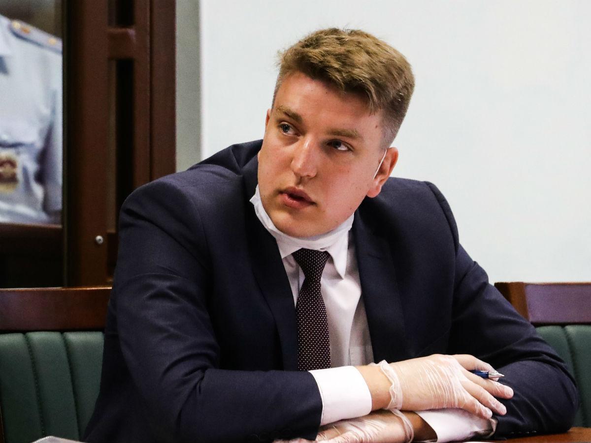 Адвокат Сергей Лукьянов