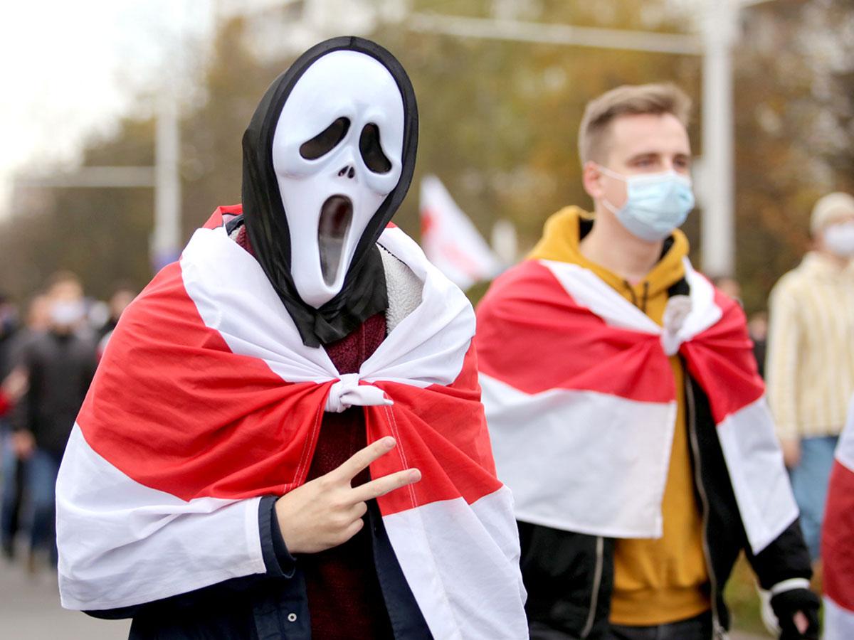 Евросоюз превращает белорусскую молодежь в манкуртов