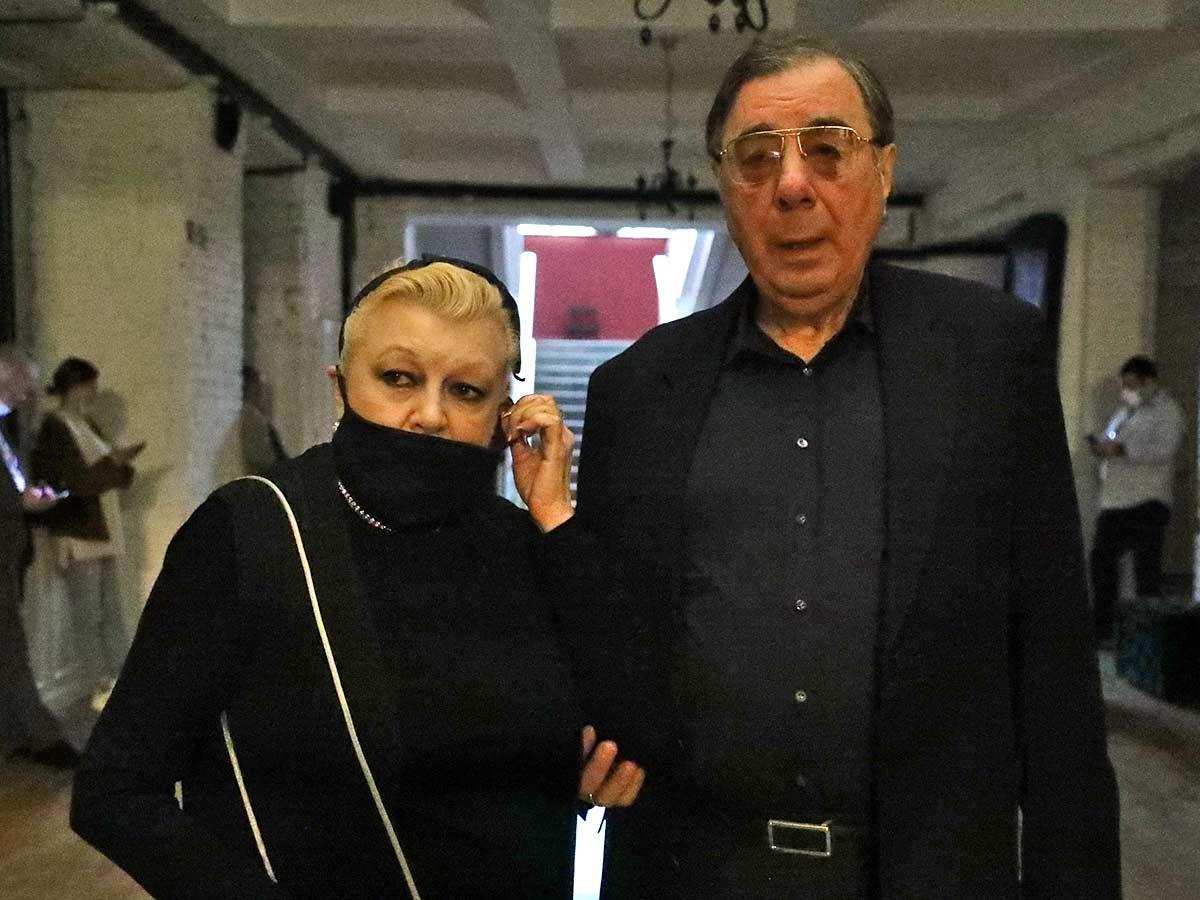 Сбежавший Цивин сделал шокирующее заявление о вдове Баталова