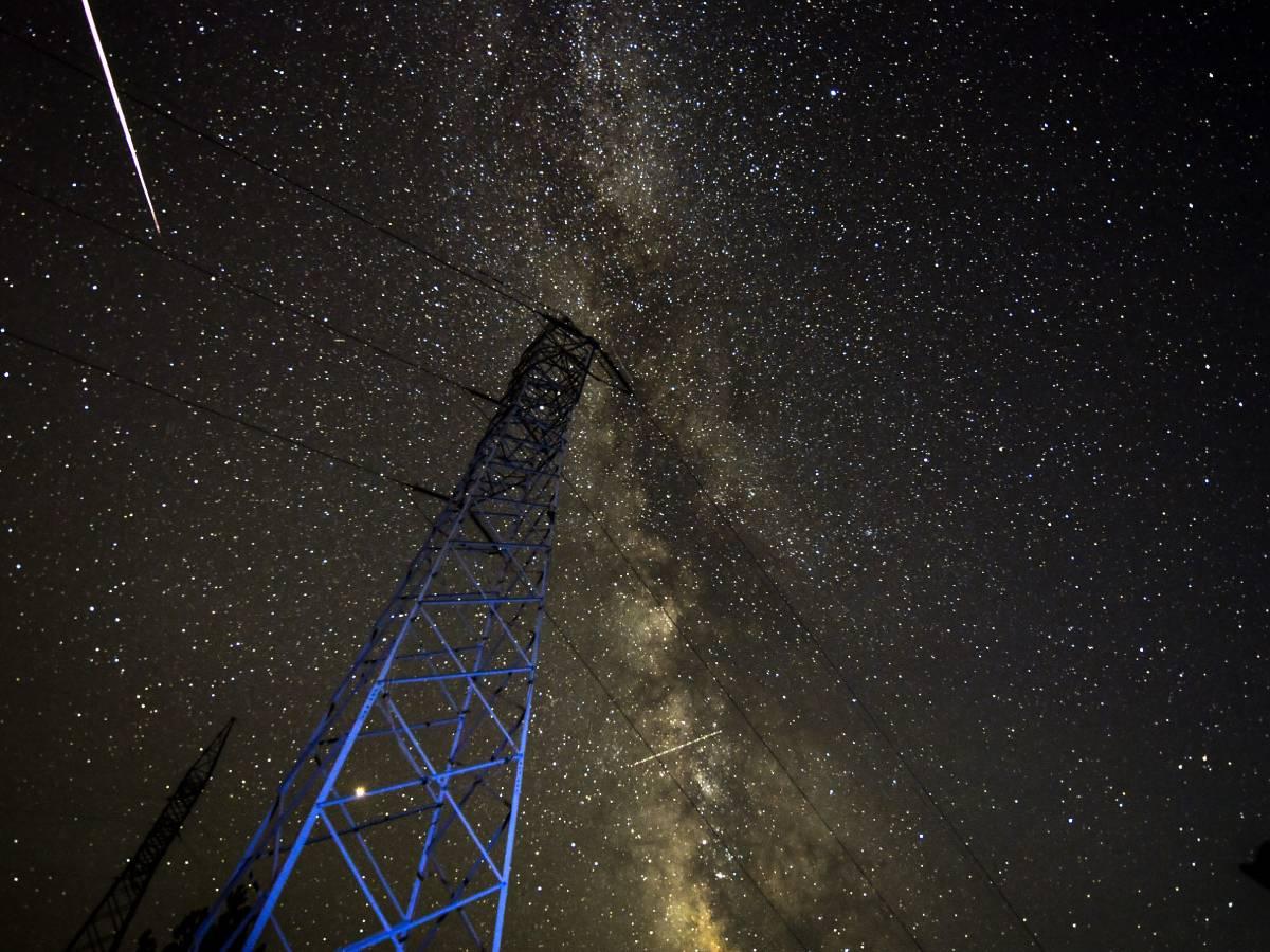 Видеорегистратор заснял взорвавшийся метеорит над Камчаткой