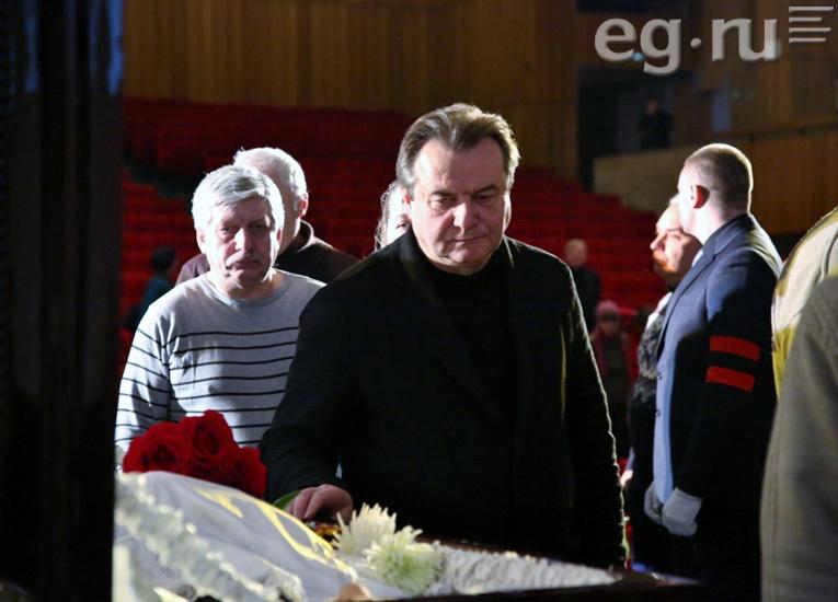 Поклонская впервый раз сама обратилась крежиссеру Алексею Учителю